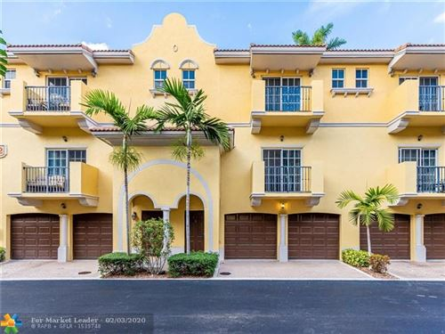Photo of Listing MLS f10214727 in 2512 SW 14 AV #505 Fort Lauderdale FL 33315