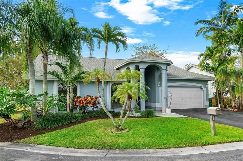 9900 NW 53rd Ct, Coral Springs, FL 33076 - #: F10273727