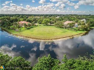 Foto de 3764 Pine Lago DR, Weston, FL 33332 (MLS # F10201729)