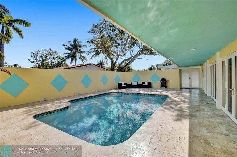 Photo of 259 Bombay Ave, Lauderdale By The Sea, FL 33308 (MLS # F10283731)