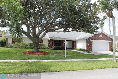 Photo of 20320 NW 4th St, Pembroke Pines, FL 33029 (MLS # F10236737)