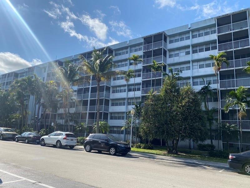700 NW 214th St #306, Miami Gardens, FL 33169 - #: F10280737