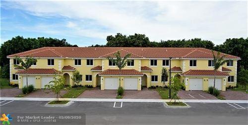 Foto de inmueble con direccion 5461 SW 13 #2 North Lauderdale FL 33068 con MLS F10215741