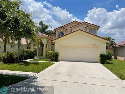 Photo of 862 SW 176th Ave, Pembroke Pines, FL 33029 (MLS # F10282741)