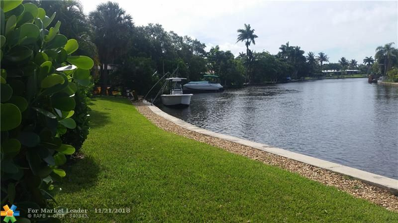 Photo of 2414 NE 25th  Place, Fort Lauderdale, FL 33305 (MLS # F10150741)