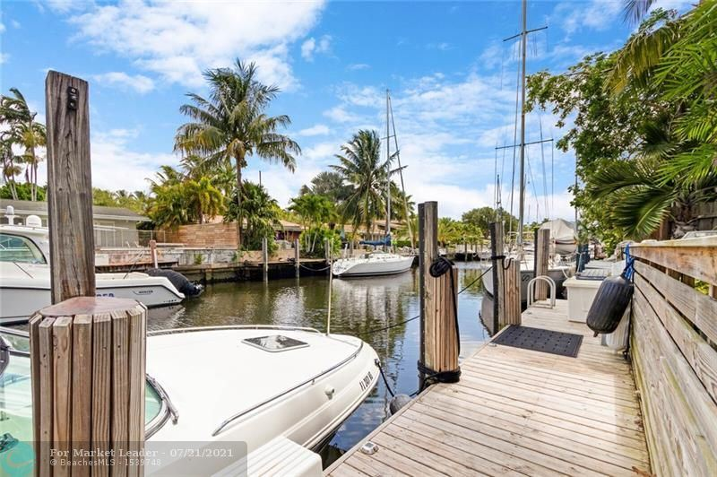 Photo of 1701 SW 5th St, Fort Lauderdale, FL 33312 (MLS # F10293741)