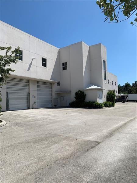 Photo of 700 SE 32nd Ct #202-203, Fort Lauderdale, FL 33316 (MLS # F10272743)