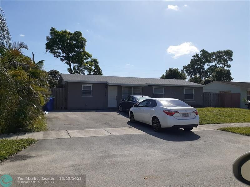 Photo of 1396 SW 49th Ave, Fort Lauderdale, FL 33317 (MLS # F10305749)