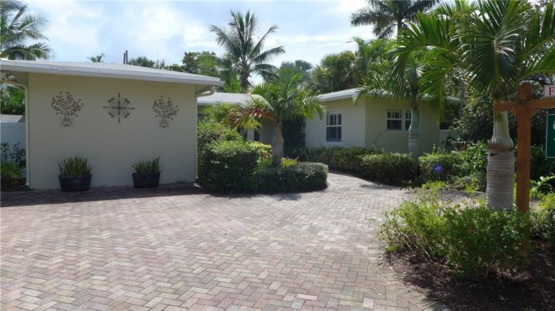Photo of 726 NE 19th Ave, Fort Lauderdale, FL 33304 (MLS # F10256750)
