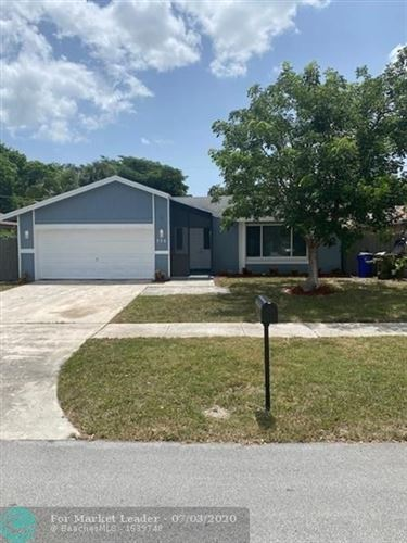 Photo of Listing MLS f10236751 in 326 SW 32nd Ave Deerfield Beach FL 33442