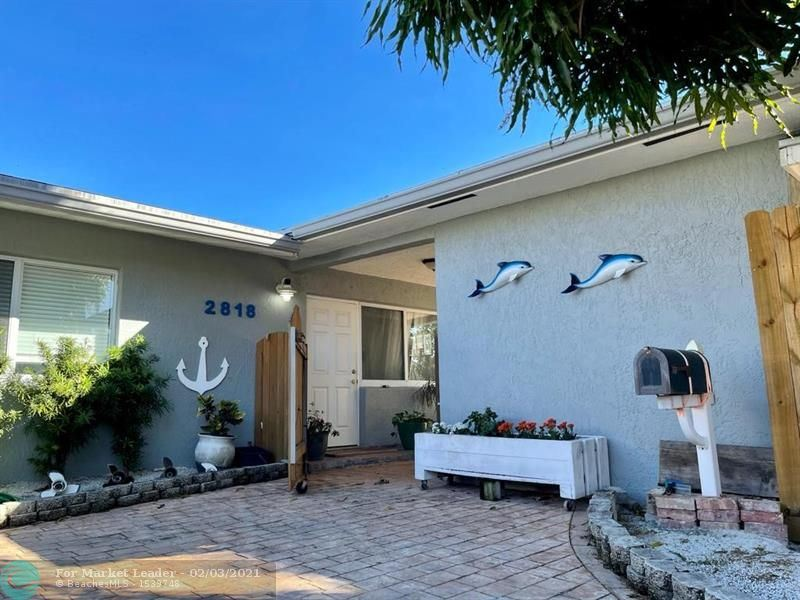 Photo of 2818 NE 21st Ter, Fort Lauderdale, FL 33306 (MLS # F10268751)