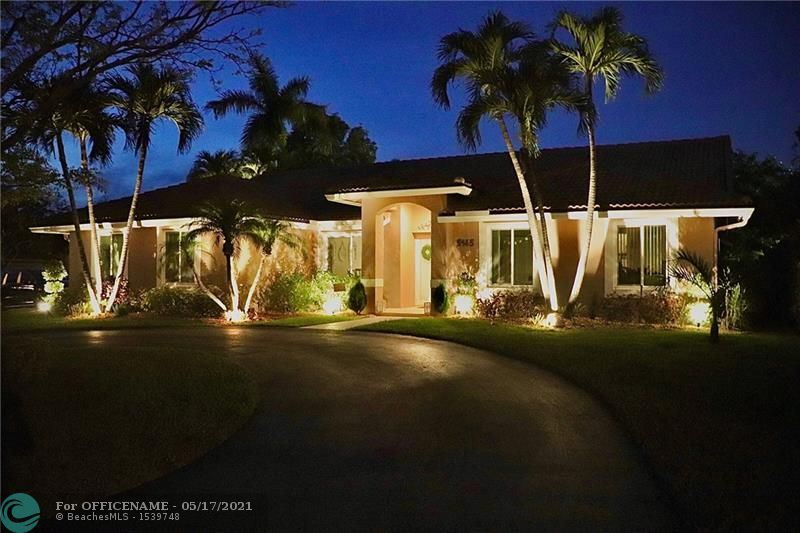 Photo of 5145 NW 98th Dr, Coral Springs, FL 33076 (MLS # F10284751)