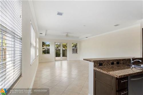 Photo of Listing MLS f10214759 in 625 SW 7TH AV #1 Fort Lauderdale FL 33315