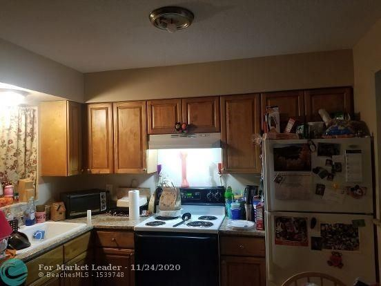 Photo of 4831 NE 13th Avenue, Oakland Park, FL 33334 (MLS # F10259759)