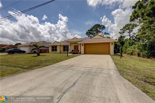 Photo of 4270 SW OBLIQUE, Port Saint Lucie, FL 34953 (MLS # F10213767)