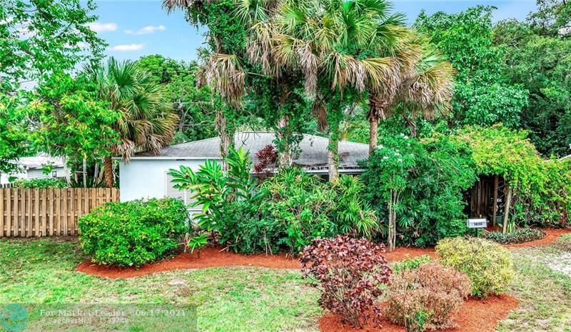1430 SW 29th St, Fort Lauderdale, FL 33315 - #: F10288769