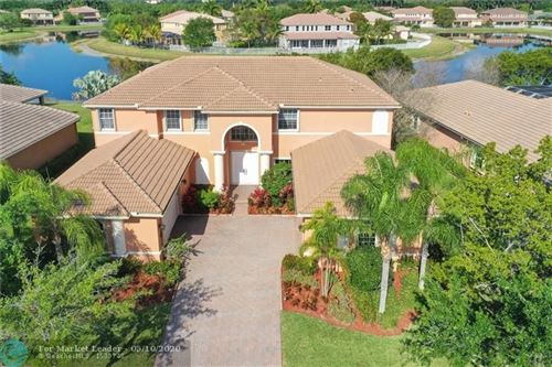Photo of Listing MLS f10223774 in 3795 E Coquina Way Weston FL 33332