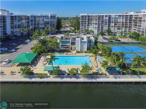 Foto de inmueble con direccion 800 Parkview Dr #426 Hallandale Beach FL 33009 con MLS F10242775