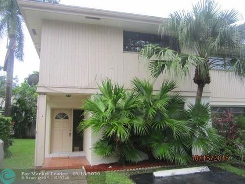 Photo of 703 SW 88th Ter #0, Plantation, FL 33324 (MLS # F10248776)
