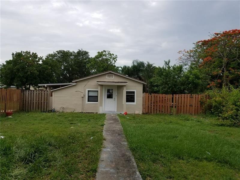Photo of 4265 SW 62nd Ave, Davie, FL 33314 (MLS # F10232776)