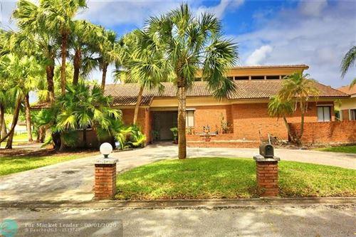 Foto de inmueble con direccion 8745 NW 17th Mnr Coral Springs FL 33071 con MLS F10220777