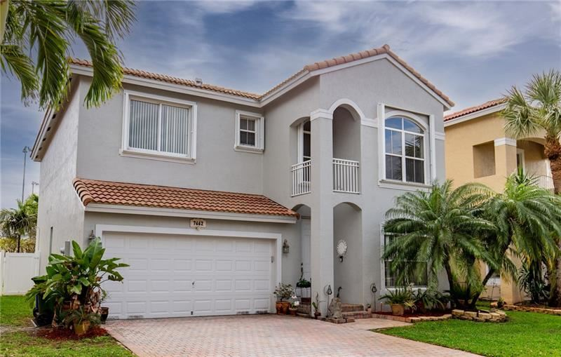 7662 NW 19th St, Pembroke Pines, FL 33024 - #: F10272779