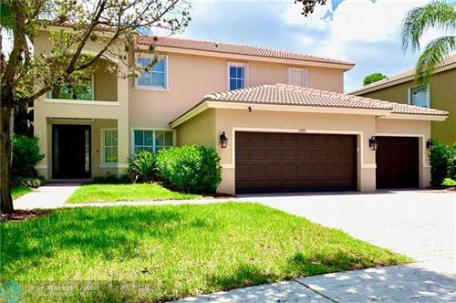 Photo of Listing MLS f10235780 in 10592 Cypress Lakes Preserve Dr Wellington FL 33449