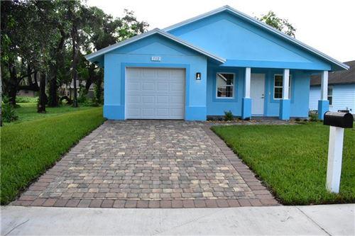 Photo of 712 S 10th Street, Fort Pierce, FL 34950 (MLS # F10272780)