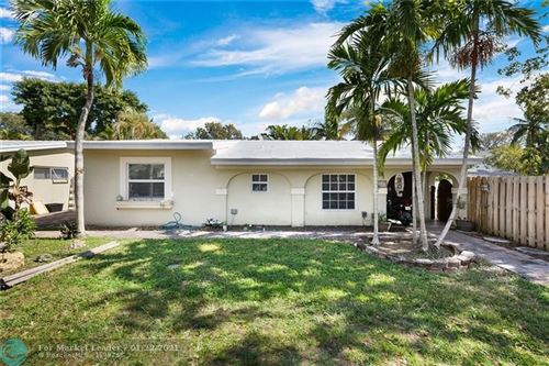 Photo of 917 SW 9th St, Fort Lauderdale, FL 33315 (MLS # F10267781)