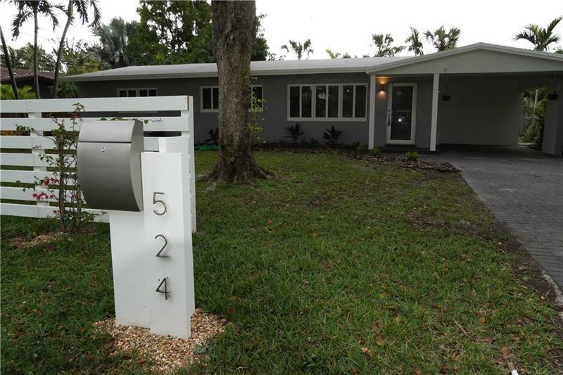 Photo of 524 NE 28th St, Wilton Manors, FL 33334 (MLS # F10255781)