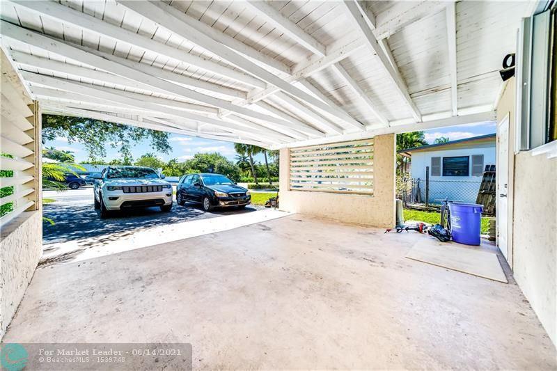 Photo of 428 Prosperity Farms Rd, North Palm Beach, FL 33408 (MLS # F10288784)