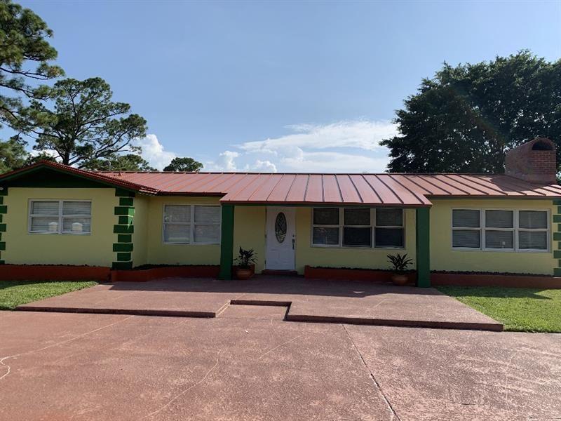 8421 Square Lake Dr, Palm Beach Gardens, FL 33418 - #: F10274787