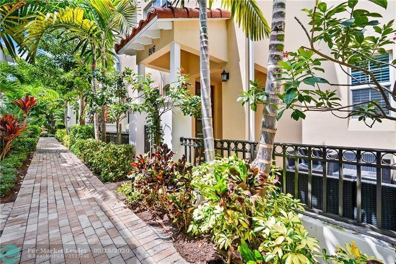 Photo of 916 NE 17 WAY, Fort Lauderdale, FL 33304 (MLS # F10228788)