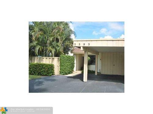 Photo of 2393 Woodlands Way, Deerfield Beach, FL 33442 (MLS # F10212789)