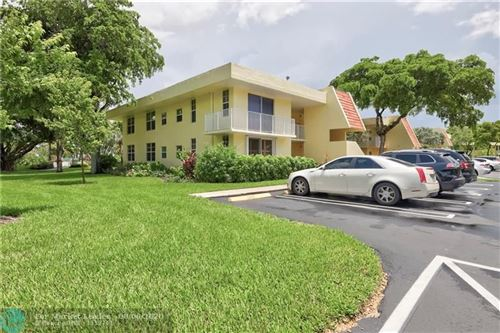 Photo of 500 Oaks Ln #112, Pompano Beach, FL 33069 (MLS # F10241791)