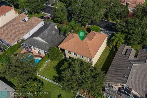 Photo of 6432 NW 78th Pl, Parkland, FL 33067 (MLS # F10302794)