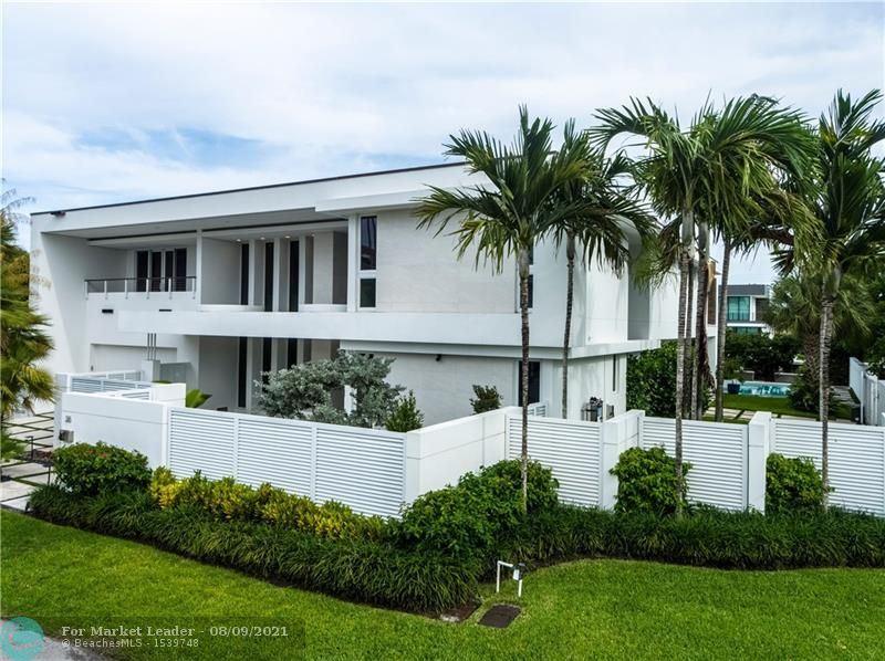 Photo of 38 PELICAN DRIVE, Fort Lauderdale, FL 33301 (MLS # F10291796)