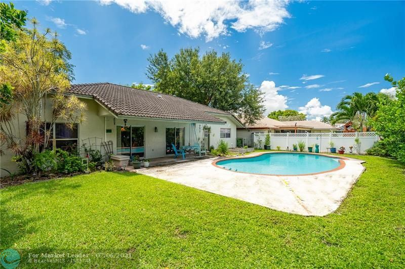 1371 NW 113th Ter, Coral Springs, FL 33071 - #: F10291797