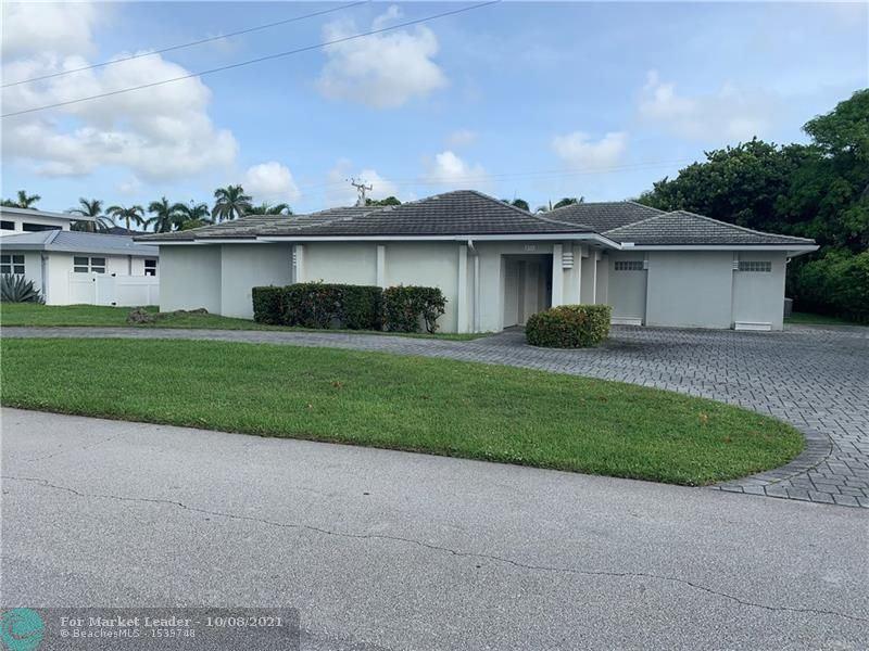831 NE 6th St, Boca Raton, FL 33432 - #: F10303798