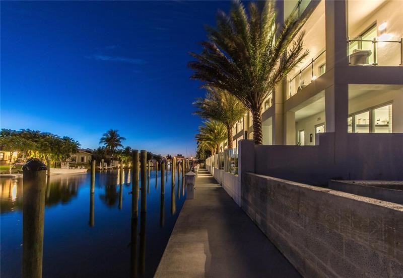 Photo of 250 Garden Court #-, Lauderdale By The Sea, FL 33308 (MLS # F10258799)