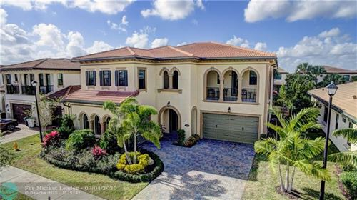 Photo of 9315 Meridian Dr, Parkland, FL 33076 (MLS # F10207803)