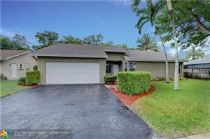 Photo of 9369 Gettysburg Rd, Boca Raton, FL 33434 (MLS # F10182804)