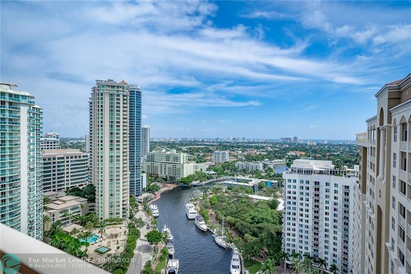 Photo of 511 SE 5th Ave #2519, Fort Lauderdale, FL 33301 (MLS # F10250805)