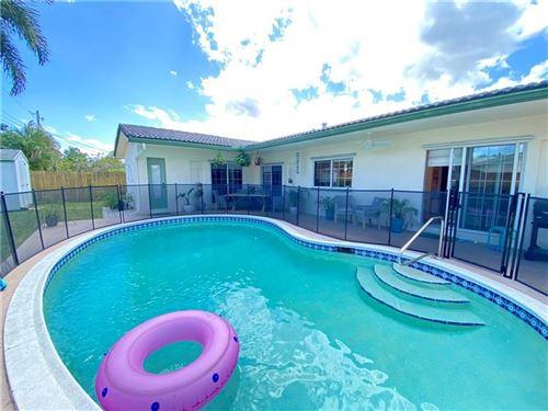 Photo of 5740 NE 19th Terrace, Fort Lauderdale, FL 33308 (MLS # F10278810)