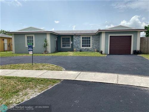 Photo of Listing MLS f10235814 in 6816 Oakmont North Lauderdale FL 33068