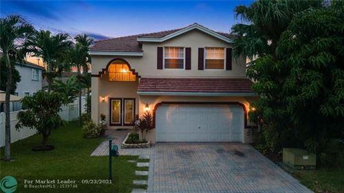 Photo of 5744 N Sable Cir, Margate, FL 33063 (MLS # F10301814)