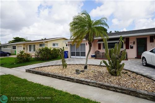 Foto de inmueble con direccion 8591 NW 26th St Sunrise FL 33322 con MLS F10230816