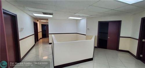 Foto de inmueble con direccion 1100 S State Road 7 #202 Margate FL 33068 con MLS F10233816