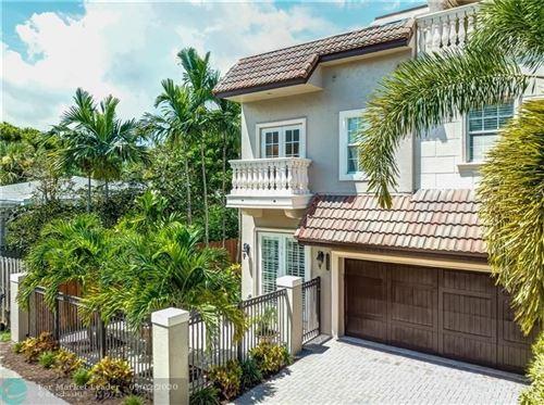 Foto de inmueble con direccion 2606 NE 14th St Fort Lauderdale FL 33304 con MLS F10245821
