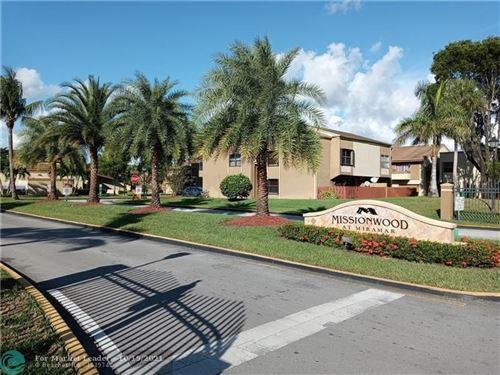 Photo of 3033 E Missionwood Cir #B-59, Miramar, FL 33025 (MLS # F10304823)
